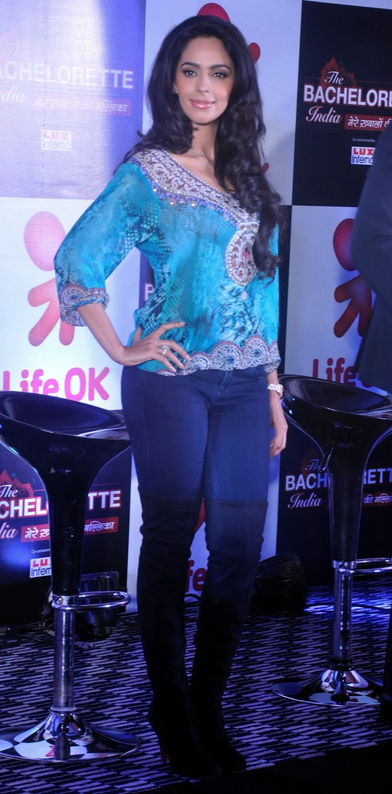 Mallika Sherawat Looks Stunning In Tight Jeans At Life Ok Bachelorette ...