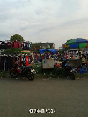 Pasar kaget Bekasi