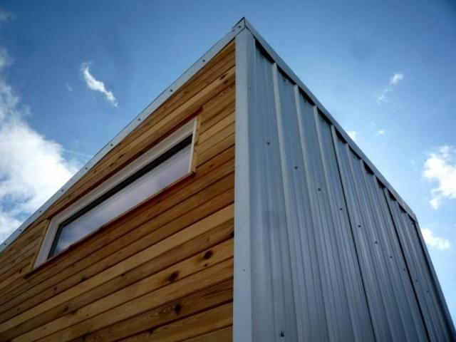 Relaxshacks Com A Modern Cabin Tiny House On Wheels For