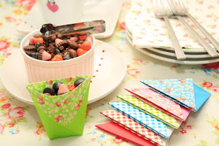 วิธีทำภาชนะกระดาษ ใส่น้ำและอาหารแห้งยามน้ำท่วม (How To Make Origami Cups)