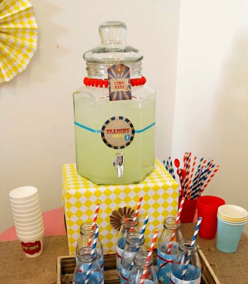 Dispensador de bebidas para Candy Bar