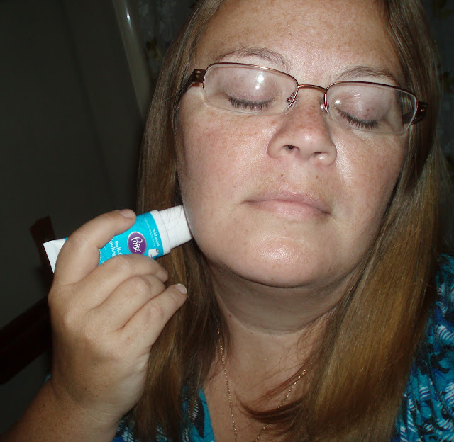 Rural Mom using Poise Roll On Cooling Gel