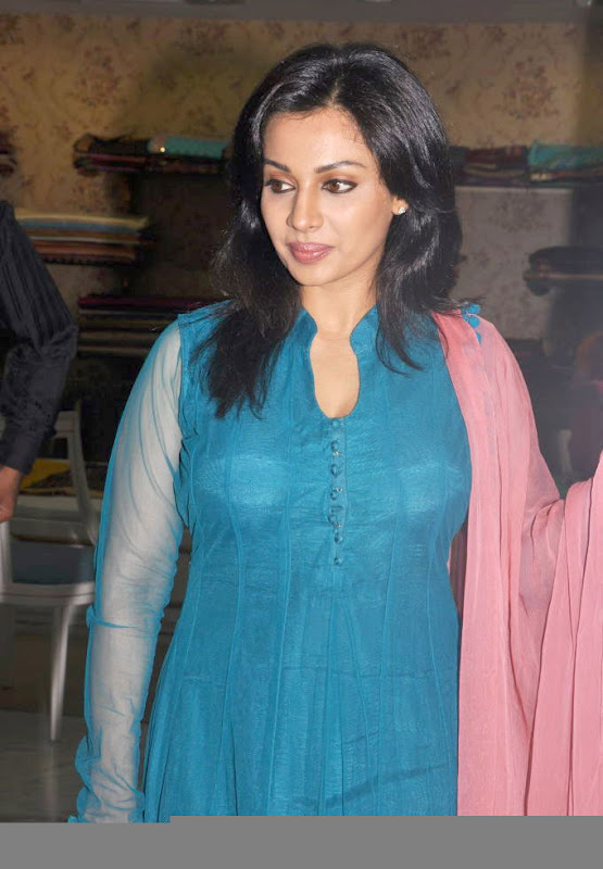 Asha Saini  South Indian Actress Latest HQ Wallpaper Gallery at Event gallery pictures