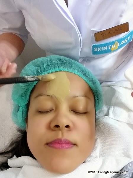 Nightingale Poo Mask Application