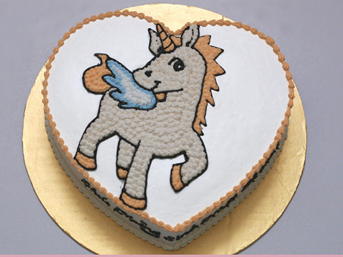 Ảnh bánh sinh nhật hình con ngựa đáng yêu nhất