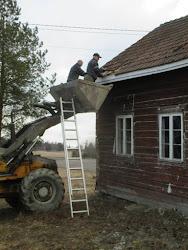 Kuistin ja katon purku