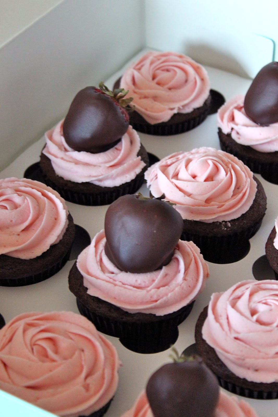 Baked Perfection Chocolate Covered Strawberry Cupcakes