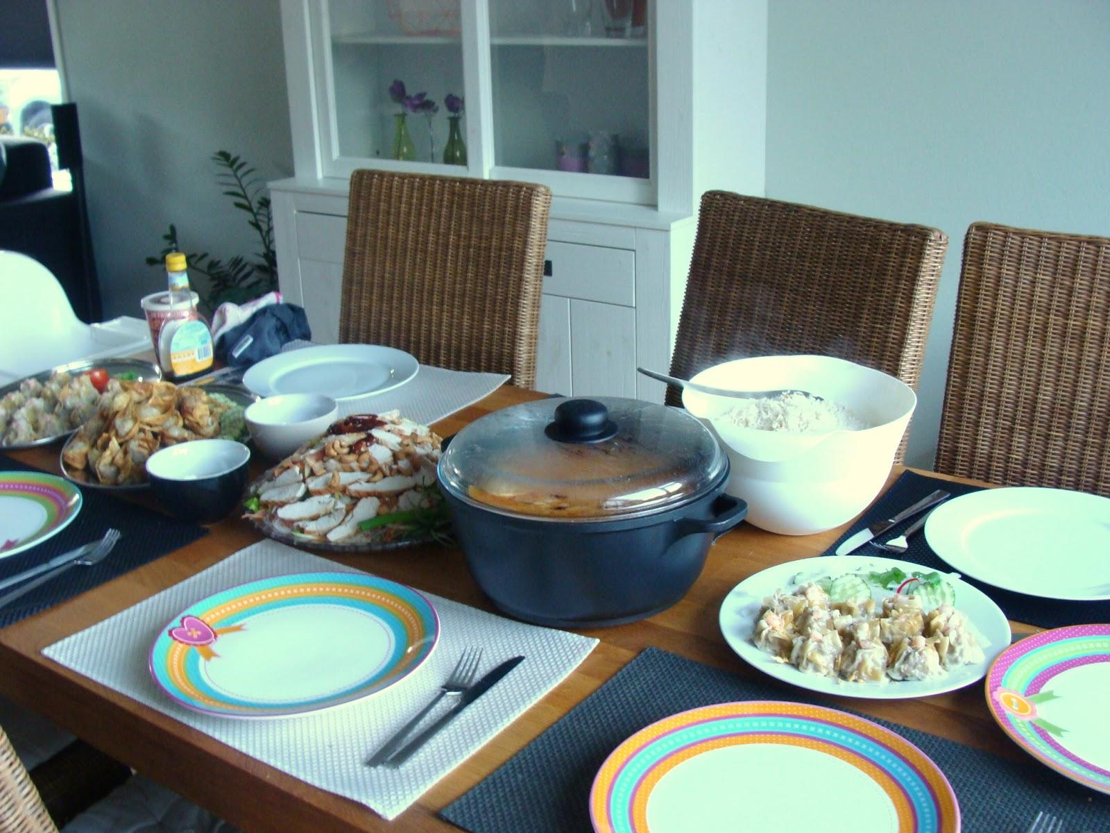 Makkelijk thais eten simple thai food thaise kookles als een verjaardag cadeau - Idee gezellige maaltijd ...