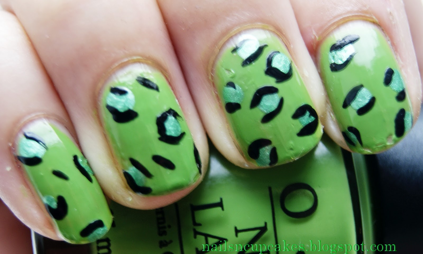 Leopard pattern is a classic, even in nail design