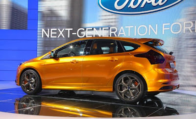 2012 Ford Focus ST | Gallery Photos.