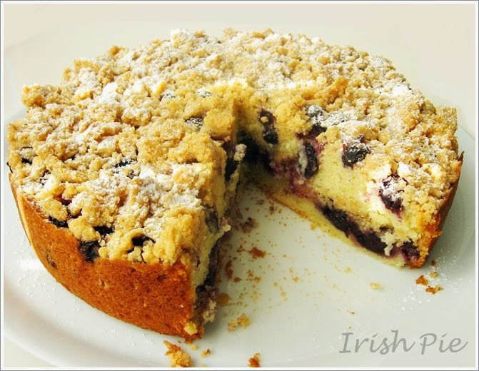 Blueberry Streusel Cake With Lemon Icing