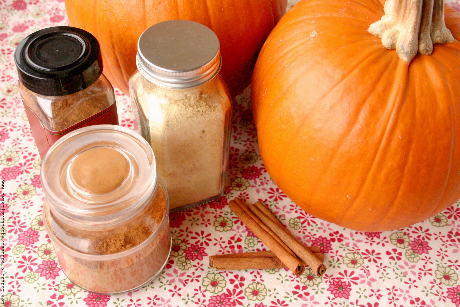 brown sugar pumpkin pie makes one 9 pie 1 cup packed light brown sugar ...