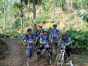 Ikut Sepeda wisata Sejawat.com di Rembangan-Jember