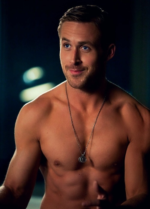 Fashion And The City: Ryan Gosling Calls His Abs 'Pets'