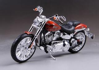 Maisto 1/12 Harley Davidson 2014 CVO BREAKOUT Motorcycle Model Toy Bike New