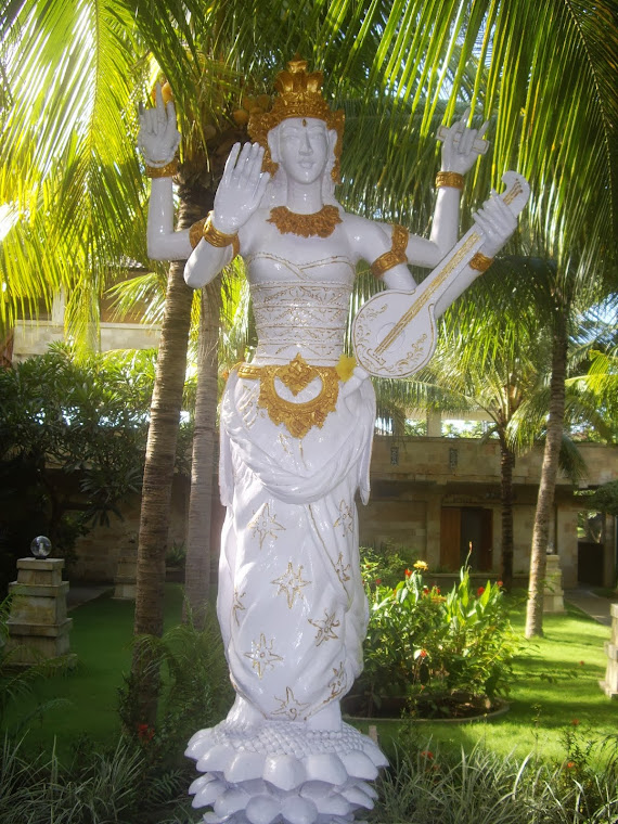 SARASWATI, BALI-HINDU GODDESS OF BOOKS, LITERATURE, KNOWLEDGE, THE ARTS