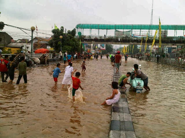 banjir jakarta 2014