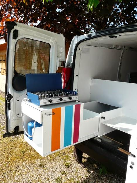carnets de voyage et gourmandise am nager un fourgon citro n jumpy en mini van. Black Bedroom Furniture Sets. Home Design Ideas