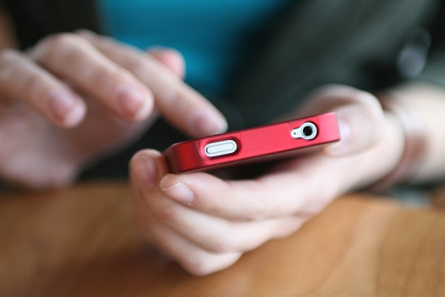 Kill Your Parenting Woes with Mobile Phone Tracking for iPhone