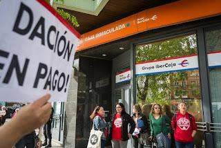 """PAH Zaragoza """"problemas urgentes con los bancos"""""""