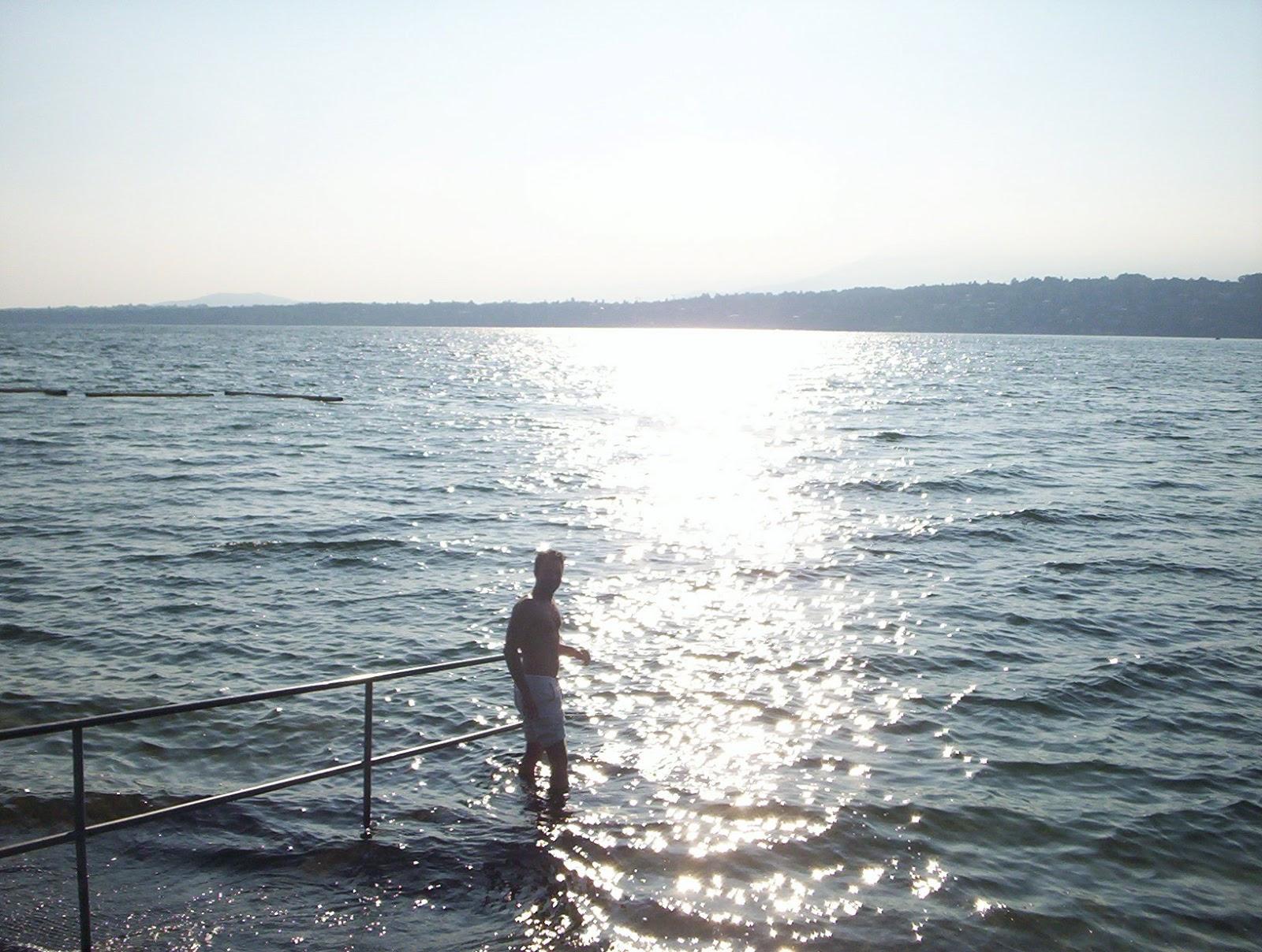 Morning-Swim-Geneva-Switzerland-2006-Sealiberty