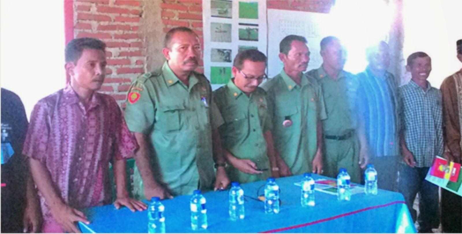 UPTD Pertanian Palibelo Sosialisasi Sistem Tanam Jajar Legowo ke Petani