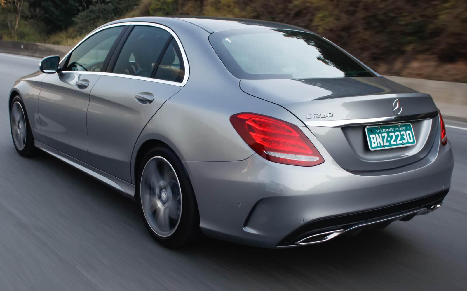 Mercedes-Benz - segunda marca de luxo mais vendida em 2015