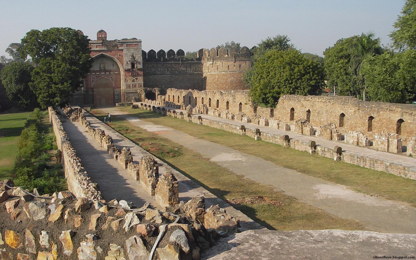 http://2.bp.blogspot.com/-okIHYzJ3OtI/UPKbNqFIujI/AAAAAAAAAP0/N46bCQ40RuA/s1600/New_Delhi_Historical_Ruins_Beautiful_Indian_City_India_Hd_Desktop_Wallpaper_citiesoflove.blogspot.com.jpg