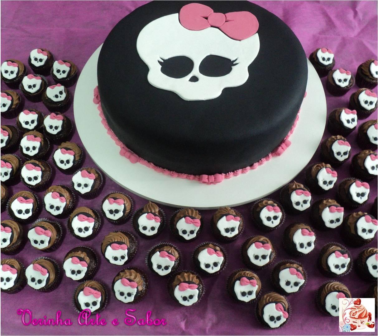 Bolo E Mini Cupcakes Monster High
