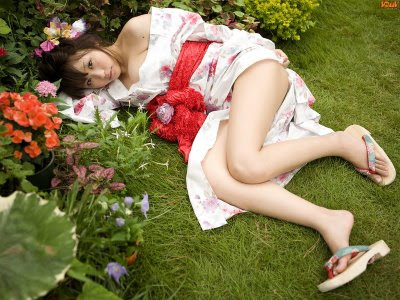 cewek kimono jepang yang seksi menawan gambar xxx
