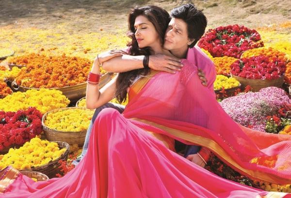 Cute Actress: Deepika Padukone Still From Chennai Express