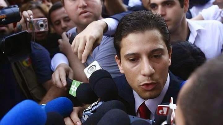 Dr.Ricardo Martins - Advogado