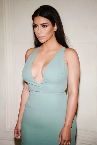Kim Kardashian rib removal for Dream Body