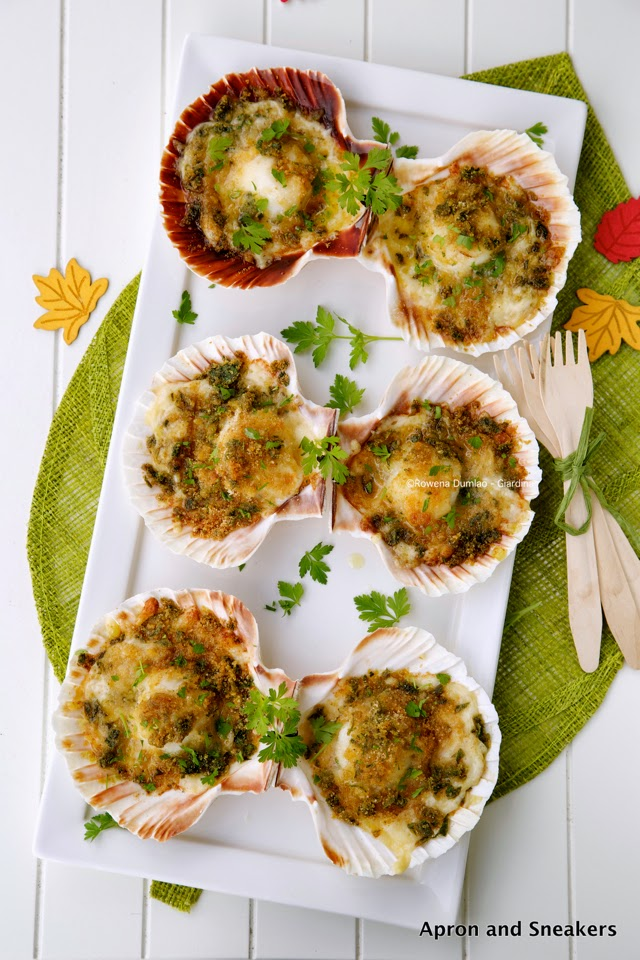 Baked scallops with cheese recipe