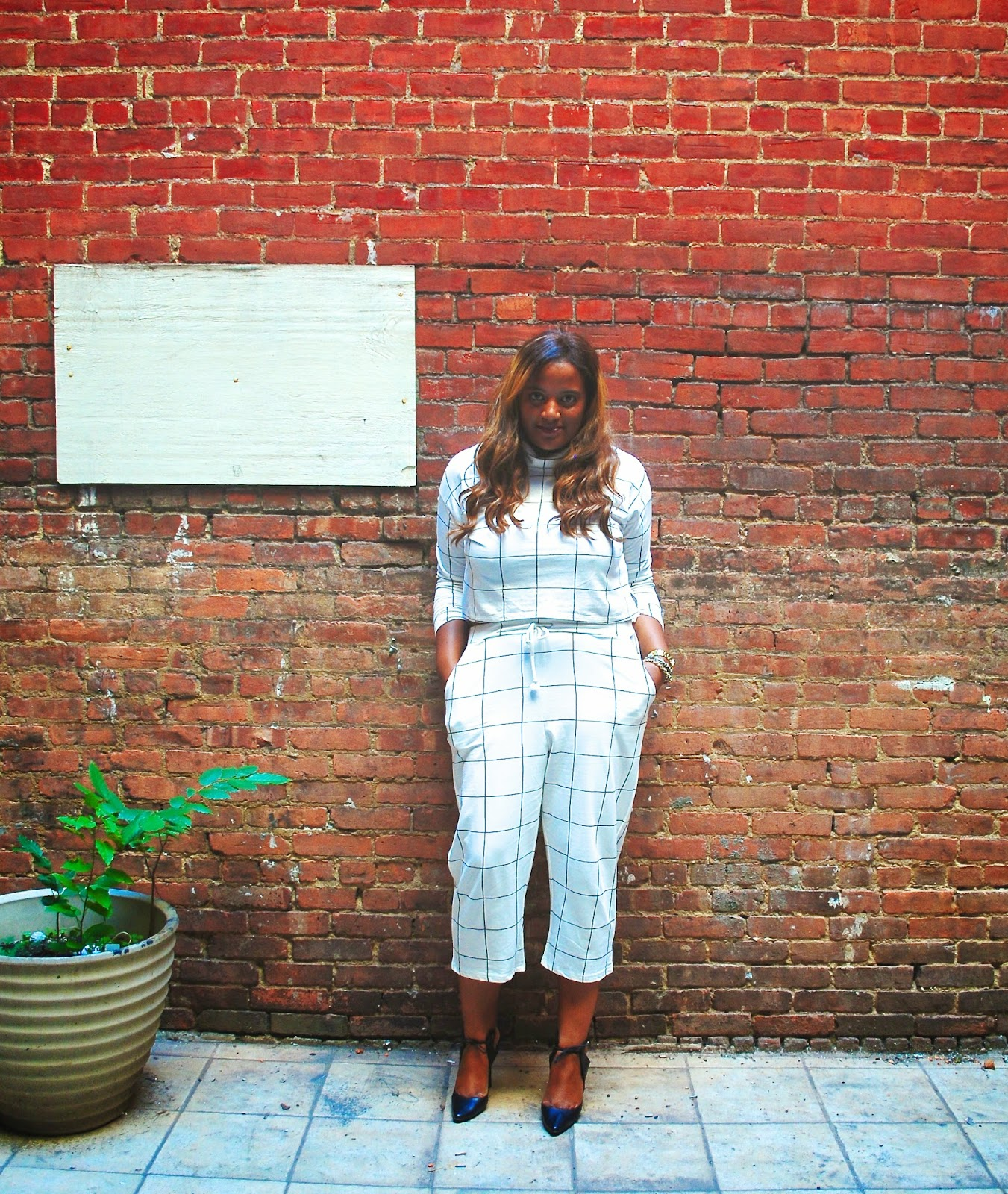 Edie's Closet, Checkered Out