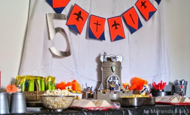La merienda a las cinco: Cumpleaños de Caballeros