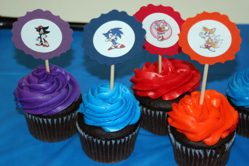 1000  images about Sonic cupcakes on Pinterest