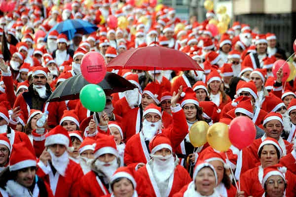 The largest gathering of Santa Clauses