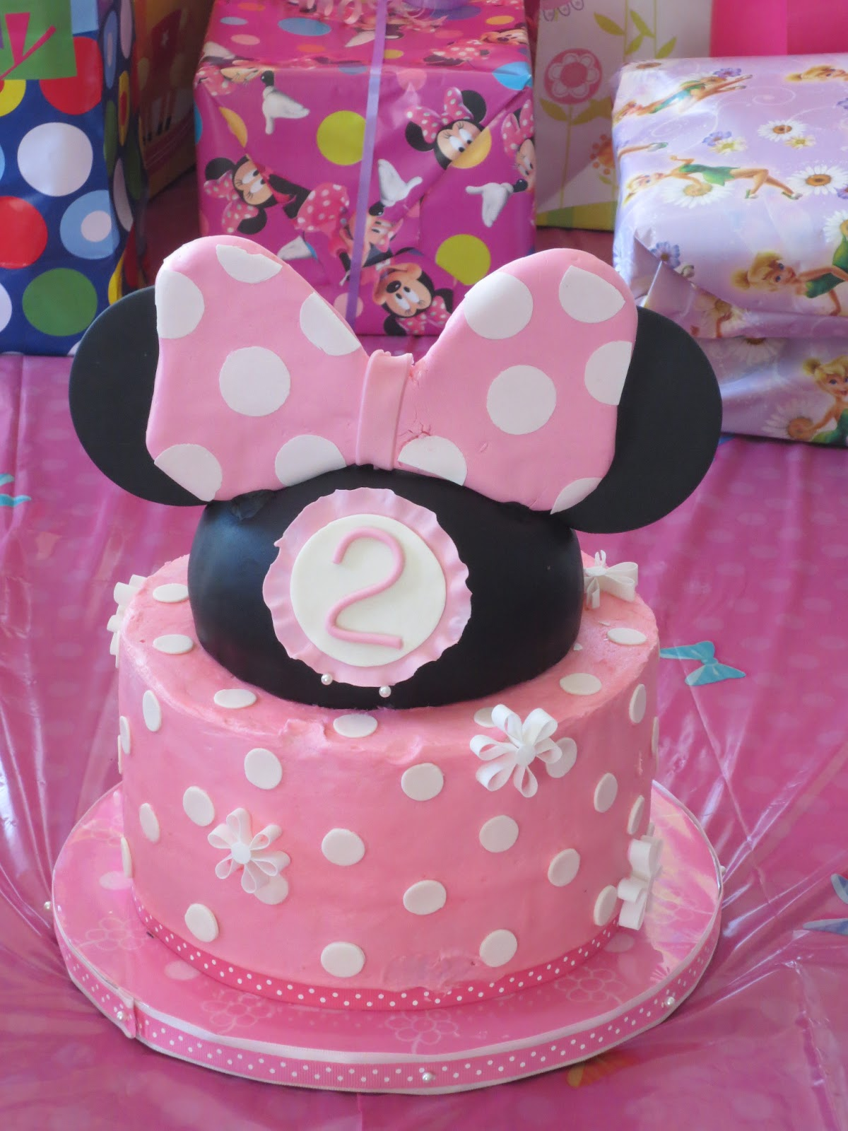 Js Cakes Minnie Mouse Second Birthday Cake