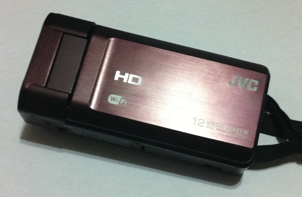 【Everio】ビデオカメラで撮影した動画をPCに保存する方法