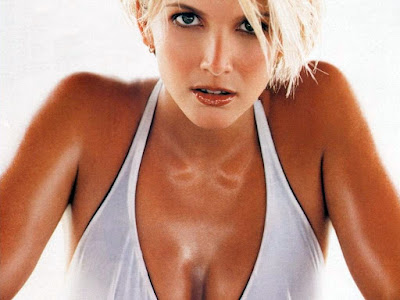 Lisa Faulkner Wallpaper