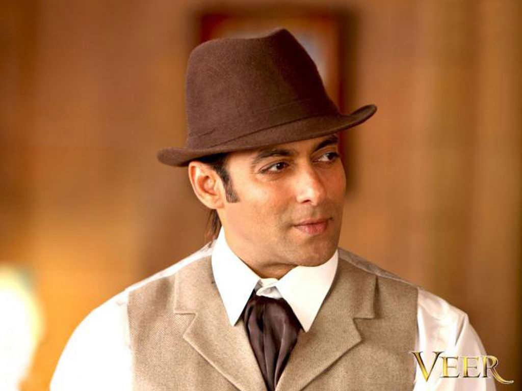 http://2.bp.blogspot.com/-olrnWjOhZSY/TyG1ciZEFZI/AAAAAAAAKiE/ZmTg-H4UVmU/s1600/salman-khan-hindi-movies-wallpaper.jpg