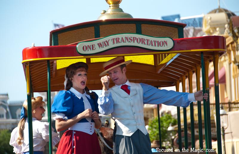 Main+Street+Trolley+Disney+Wordless+Wednesday+Blog+Hop