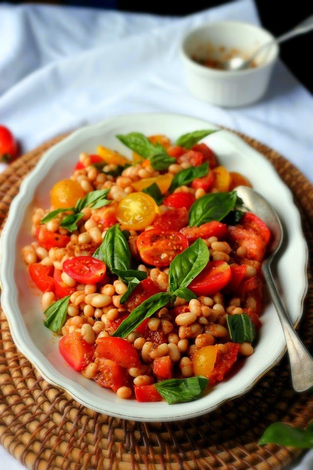 Tomato + White Bean Salad Provençal | happy hearted kitchen