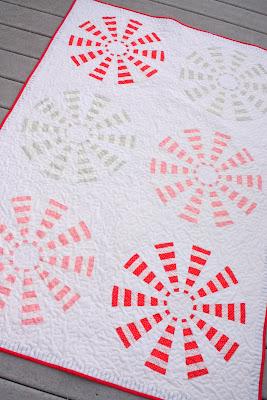Peppermint+Pinwheels+quilt.JPG