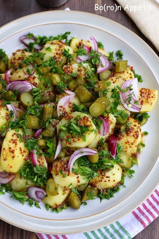 Sałatka z ziemniakami i cebulą