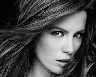 Kate_Beckinsale_wallpapers_345843246941