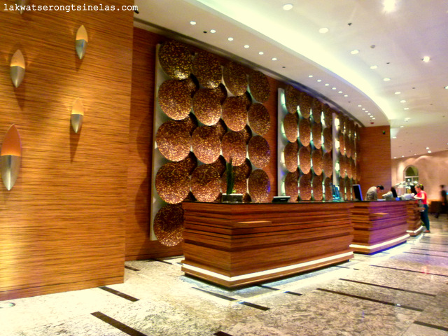 how to get to marriott hotel manila