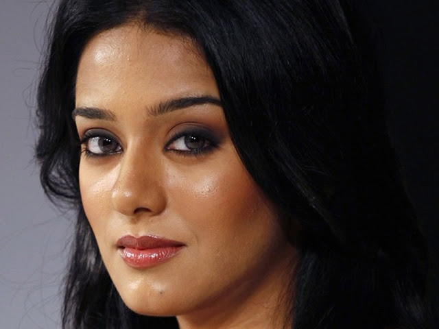 Amrita Rao HD Wallpaper Download