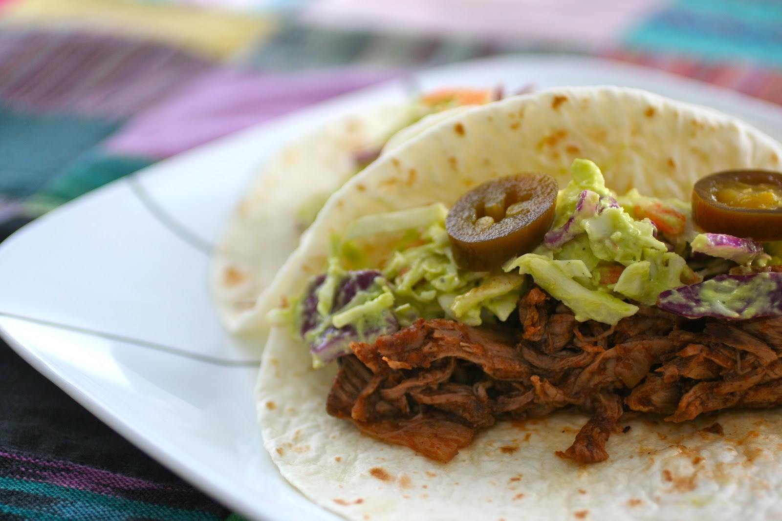how to make pulled beef in slow cooker